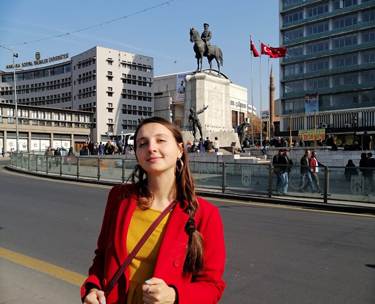 Meet with Claudia, our new beloved volunteer from Italy!